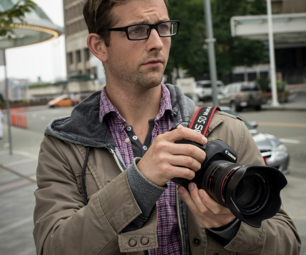 spider-man-peter-parker-cosplay-by-todd-whalen-and-meg-super-photography
