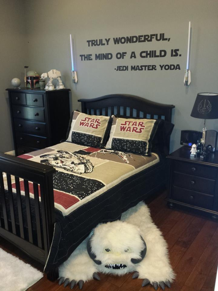Another cool star wars bedroom built for some lucky kid Star wars bedroom ideas