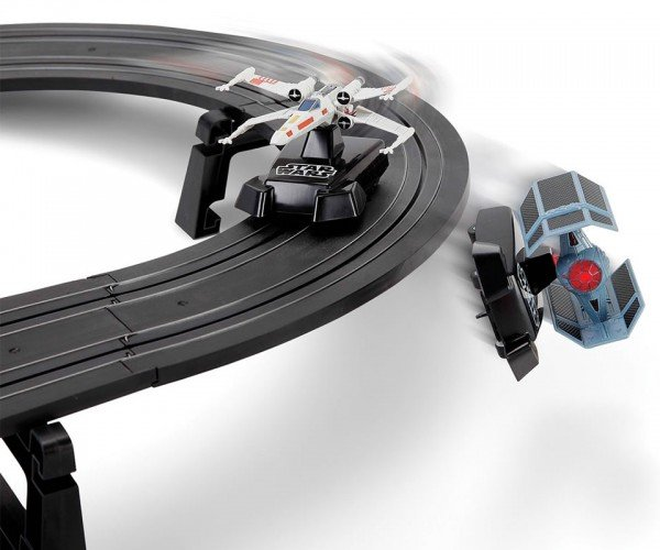 Star Wars Battling Fighters Slot Car Set Lets You Relive the Death Star Trench Scene