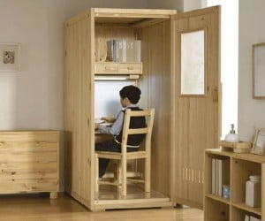 Study Cube Keeps Distractions out So You Can Study in Peace