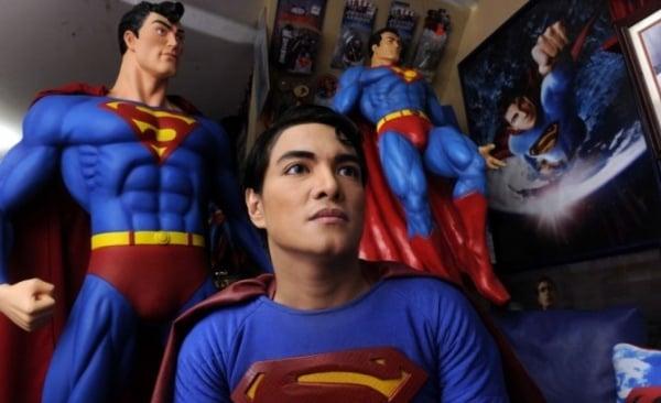 Man of Surgery: Superman Fan Gets 19 Plastic Surgeries to Look Like Clark Kent