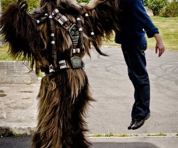 This Wookiee Cosplay Is Dead on, May Lead to Bigfoot Sightings