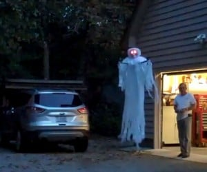 Flying R/C Quadcopter Ghost Will Scare the Bejeezus out of Trick-or-Treaters