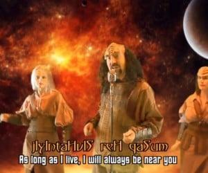 RickRolling in Klingon