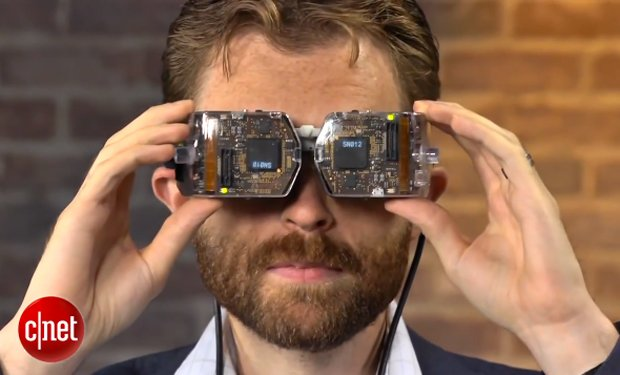 Avegant Head-Mounted Display Beams Images Straight to Your Eyeballs: the Real Retina Display?