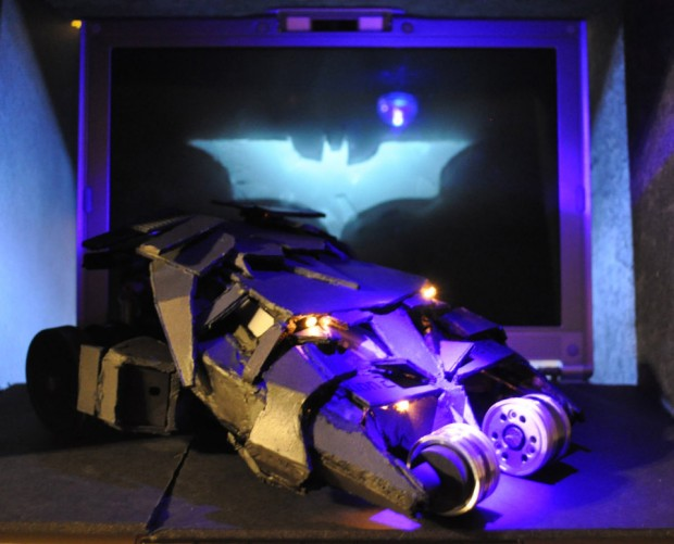 batman_ps2_tumbler_1