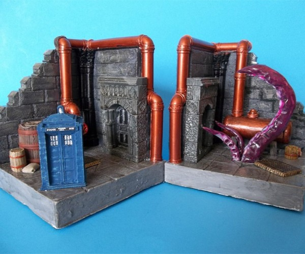 TARDIS and Tentacle Monster Bookends Are a Doctor Who Double Feature