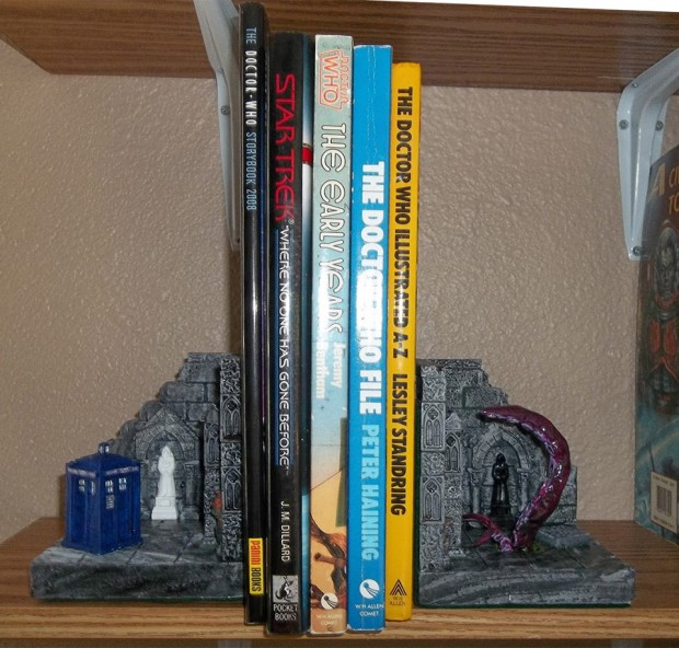 doctor who tentacle bookends 2 620x592