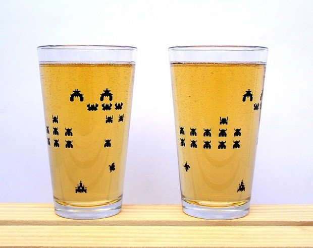 galaga pint glasses 620x492