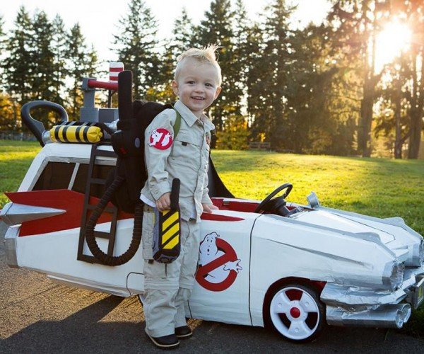 Ghostbusters Ecto-1 Push Car is Paranormal