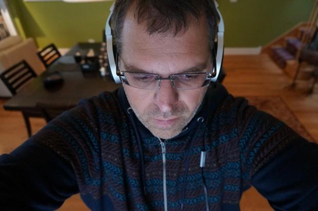kef_m500_headphones_on