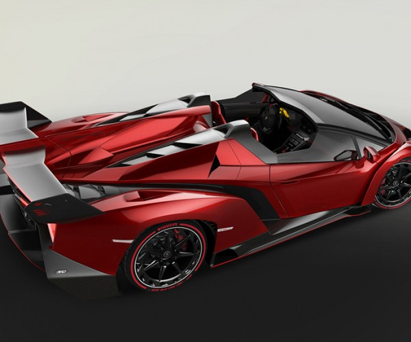 Lamborghini Veneno Roadster: Lamborghini Veneno Roadster Packs 750hp V12 Under Its