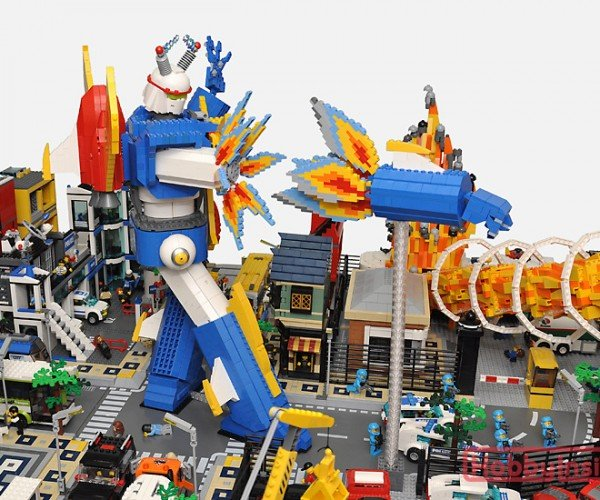 lego-monster-kaiju-mecha-robot-diorama-by-hobby-inside-13