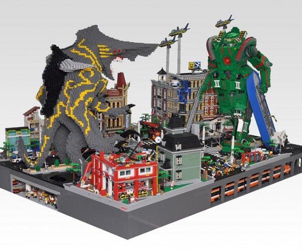 LEGO Monsters vs. Mecha Dioramas: Pacific Bricks
