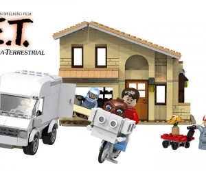 E.T. LEGO Set Brings Back the 80s