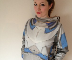 mass effect hoodie reversible by RetropopsugarUK 3 300x250