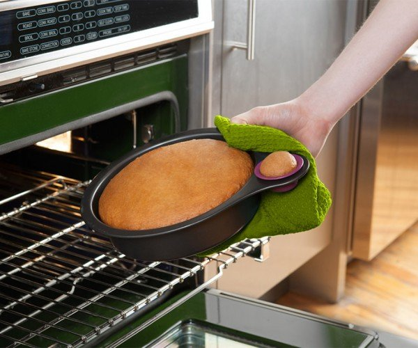 Nibble Pan: Sample Baked Goodies without Ruining Them