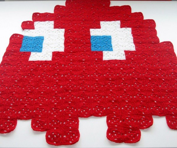 Pac-Man Ghost Crocheted Throws Keep Your Wakka Wakka Warm