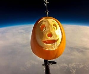 Halloween Jack-O'-Lantern Sent 30 Kilometers into the Sky