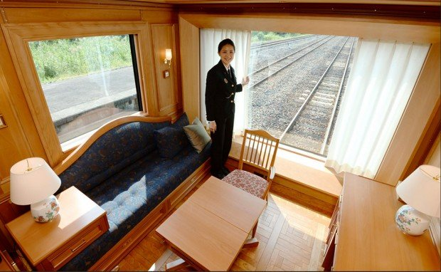 seven stars luxury train 2 620x382