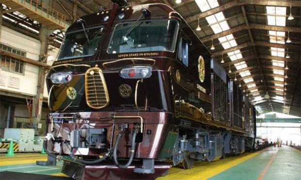 seven stars train 1 620x372