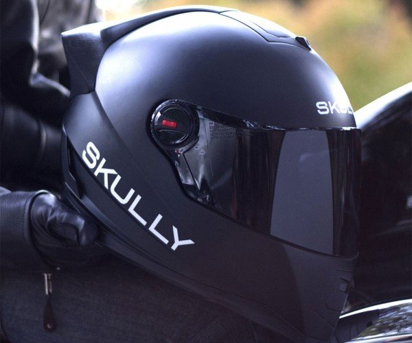 Skully Helmets P1 Heads up Display Gives You Eyes in the Back of Your Head