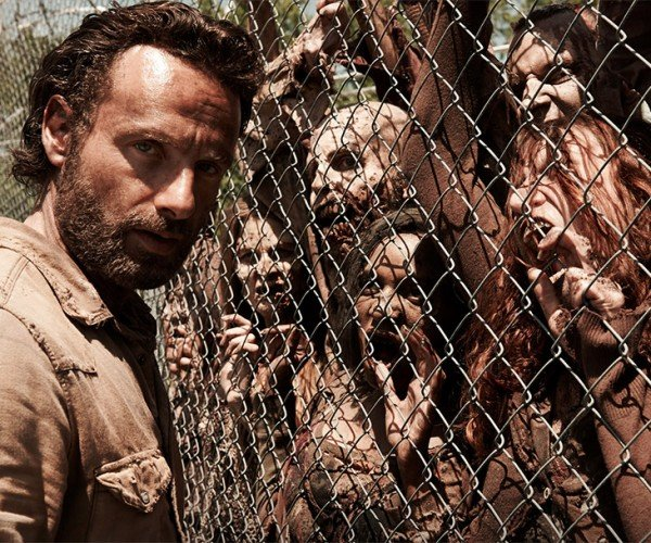 A Surprise to No One: The Walking Dead Gets Picked up for a Fifth Season