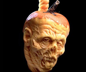 Awesome Zombie Jack-o'-Lanterns: The Carving Dead