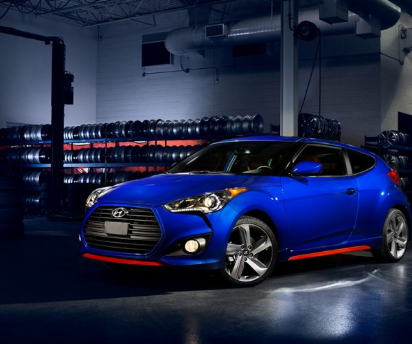 Hyundai Shows off Veloster Turbo R-Spec