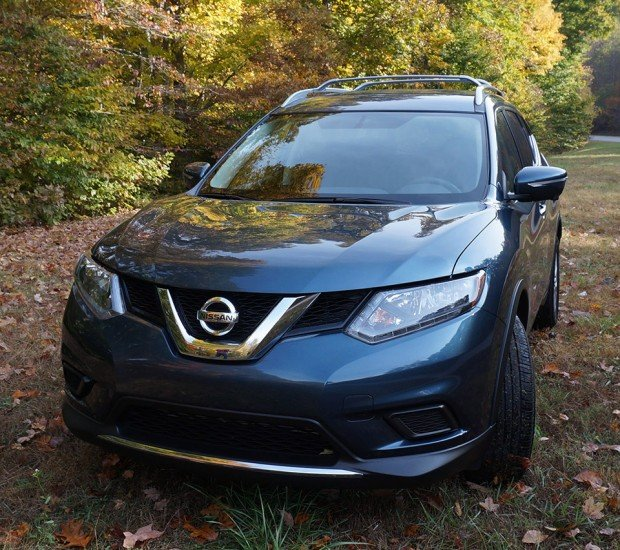 2014_nissan_rogue_front
