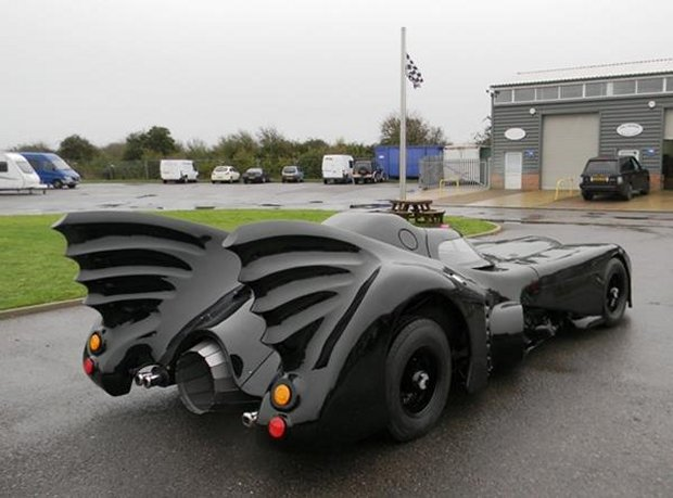 batmobile auction2