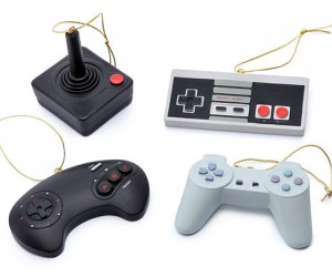 Classic Video Game Controller Ornaments: A taribaum A taribaum