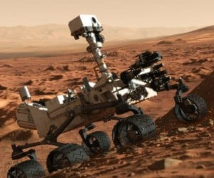 Curiosity Hits the Road after Software Glitch Grounded it for a Week