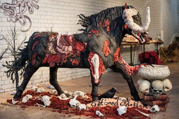 devil_horse_cake_1