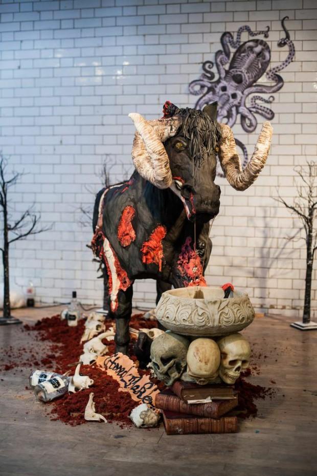 devil_horse_cake_2