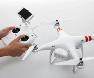 Phantom 2 Vision: The Flying Quadricopter Camera That is Actually Useful