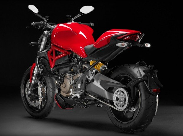 ducati_monster_1200_rear