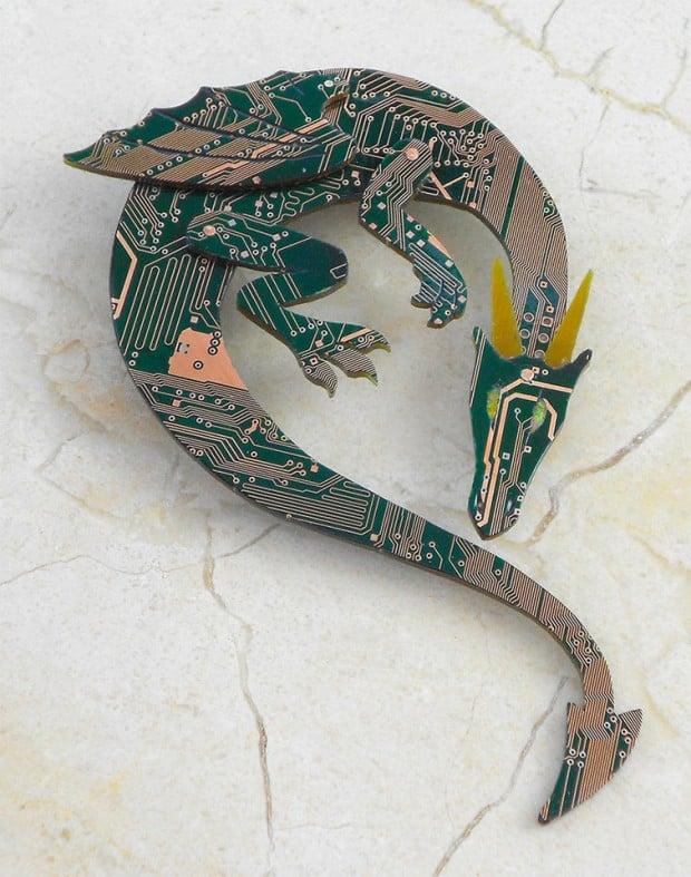 green_dragon_brooch