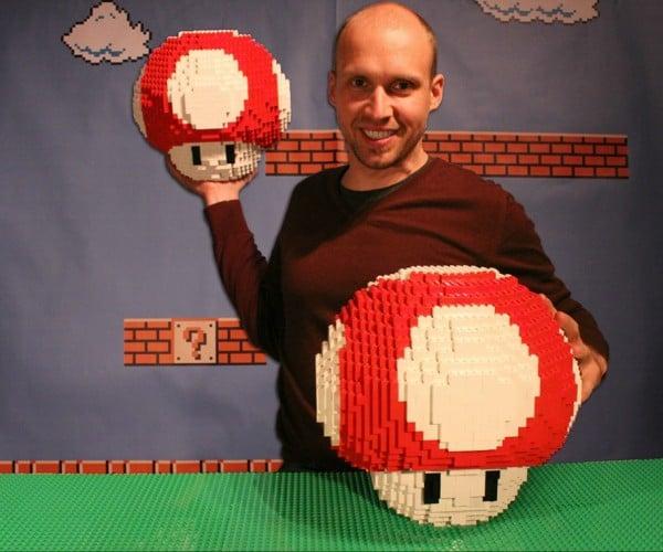 Giant LEGO Mario Mushrooms: L-up