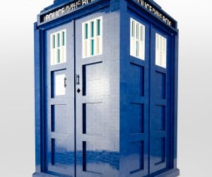 1:3 Scale LEGO TARDIS: Brickier on the Outside