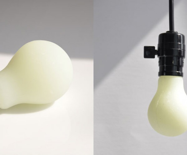 luminous-glow-in-the-dark-bulb-by-hobby-design-4