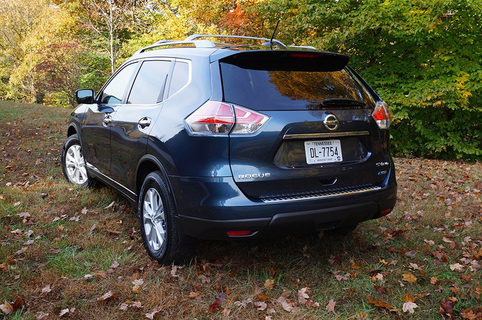 a day on the road with the 2014 nissan rogue technabob. Black Bedroom Furniture Sets. Home Design Ideas