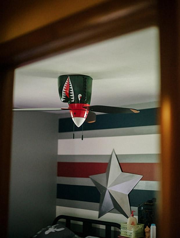 Real Airplane Propeller Ceiling Fan : Shark warplane ceiling fan stay on target technabob