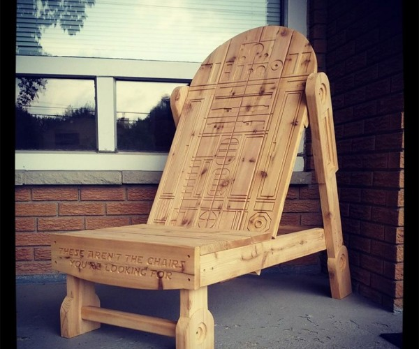 R2-D2 Adirondack Chair: This Droid's Got Your Back