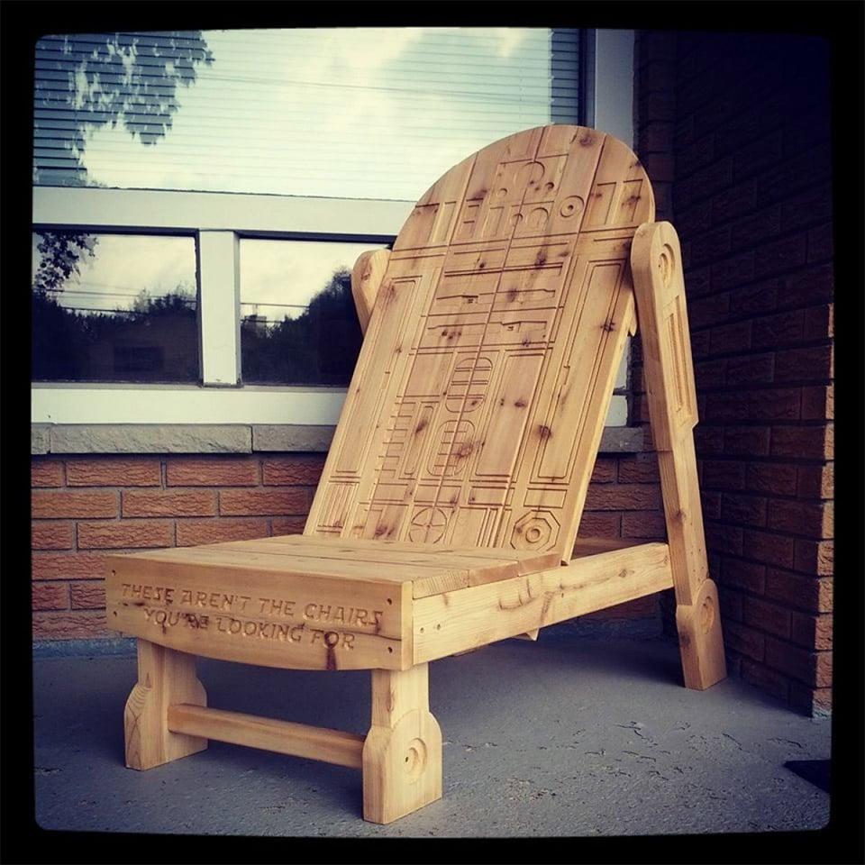 R2 D2 Adirondack Chair This Droid s Got Your Back Technabob