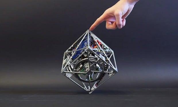cubli-robot-cube-by-Gajamohan-Mohanarajah-and-Raffaello-D'Andrea