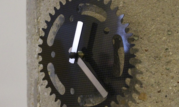 laser cut clock 620x372