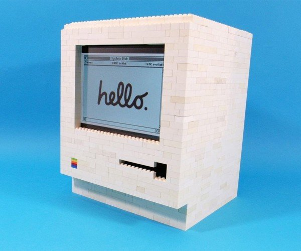 LEGO Macintosh Doubles as iPad Dock