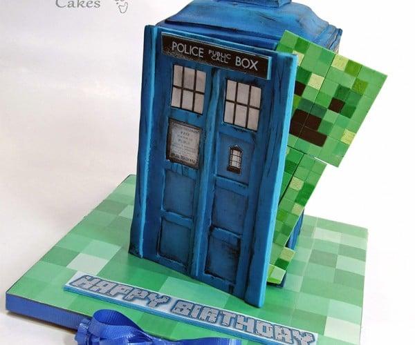 Minecraft TARDIS Cake: A Creeper Has the Phonebox!
