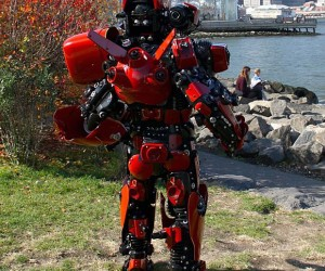 pacific rim crimson typhoon cosplay by brooklyn robot works 3 300x250